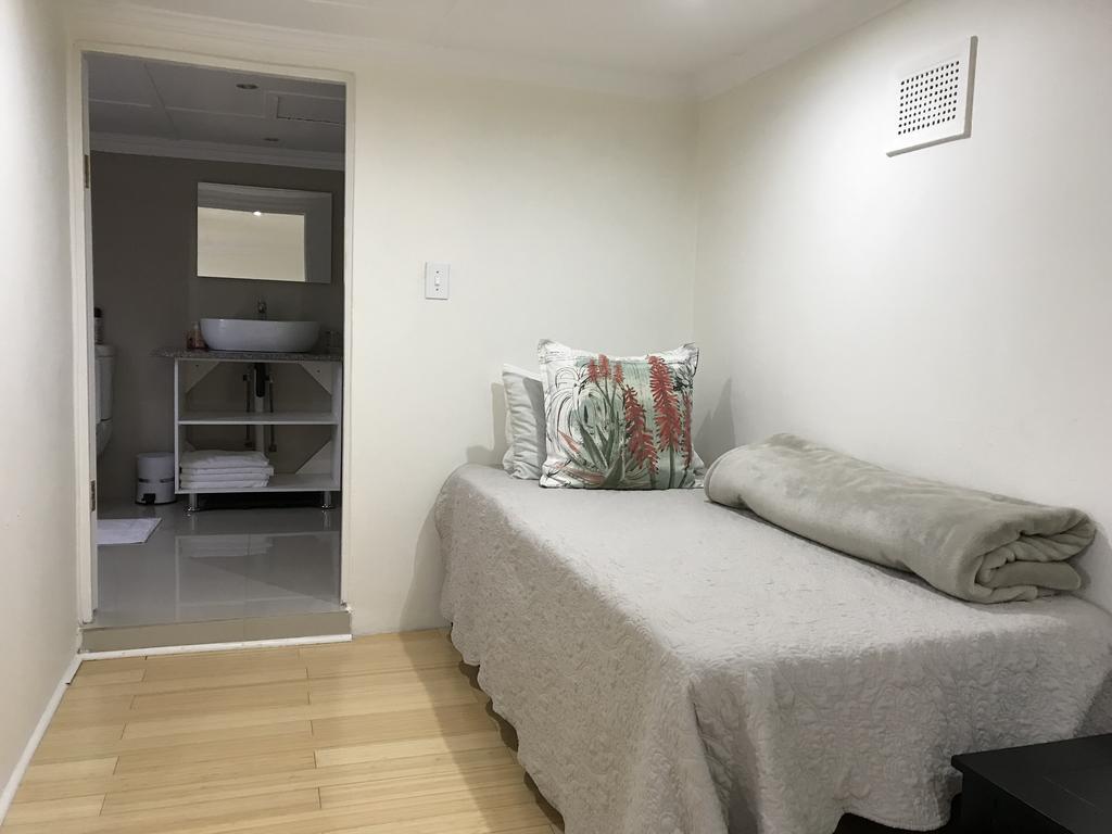 Edens Guest House, Westville, Durban Lux