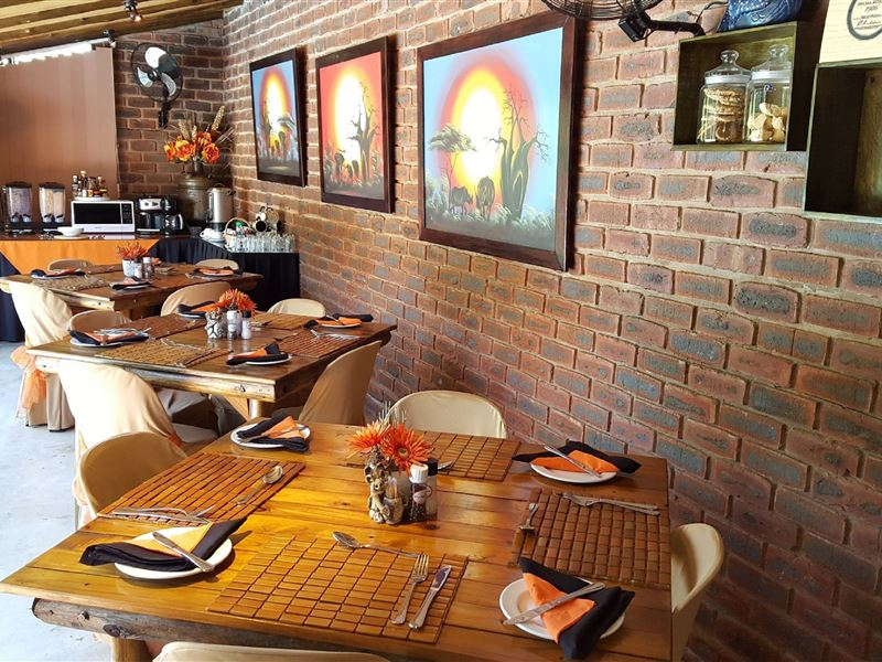 Roosfontein Dining