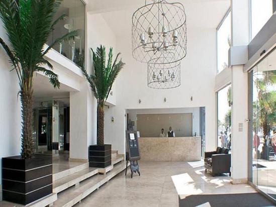 Belaire Suites Hotel Foyer.jpg