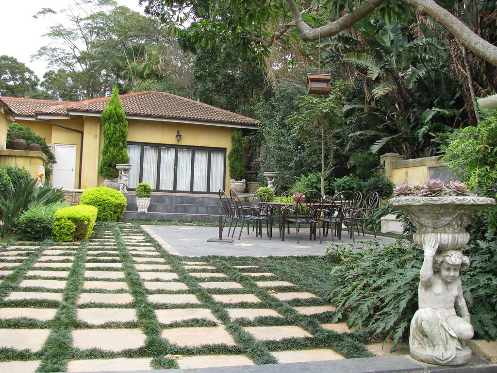 Edens Guest House, Westville, Durban Gar