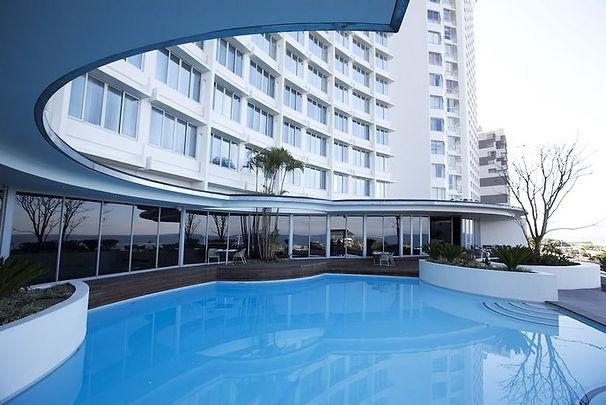 Panorama Bar and pool deck.jpg