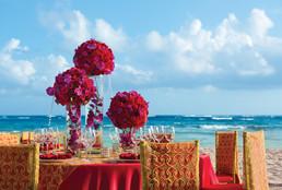 AMR_Hindu_WeddingReception_TableSetup_1.jpg