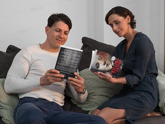 COUPLE READING.png