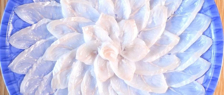 黄金あなご刺し身(中皿・菊盛り) 対馬の塩・ポン酢セット