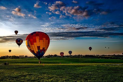 hot-air-balloons-1751458.jpg