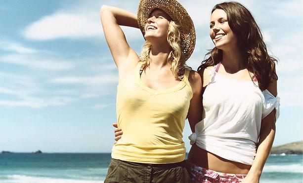 在海灘女朋友