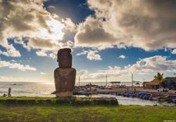 Moai Caleta Hanga Roa