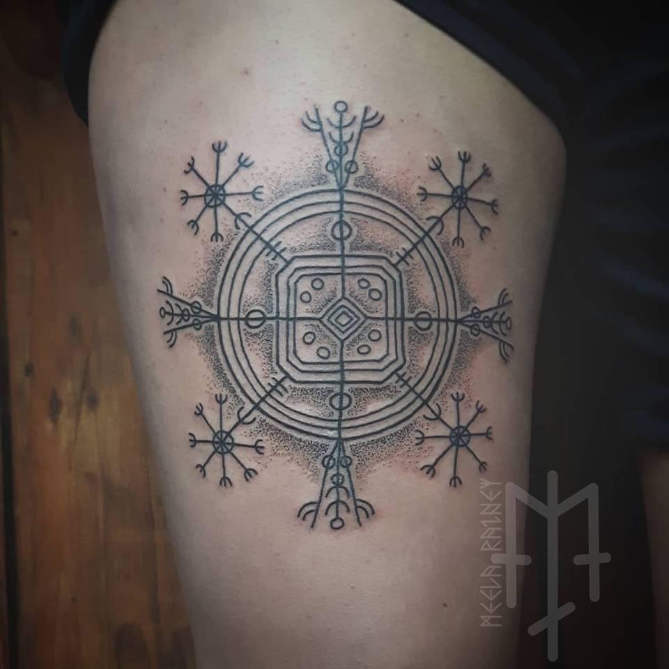 hulinhjalmur tattoo