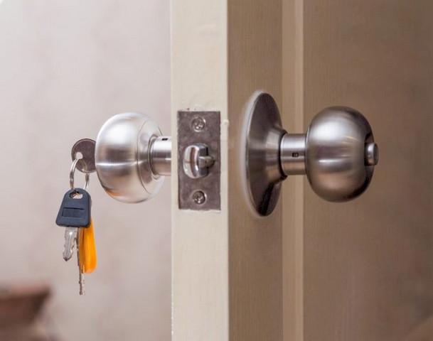 Commercial Locks - DML