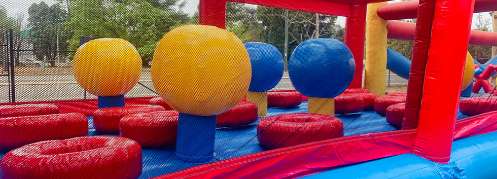 inflatable obstacle course hire.jpg