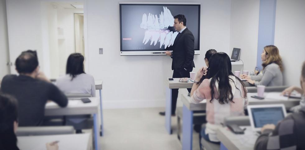 classroom2_edited2_edited.jpg