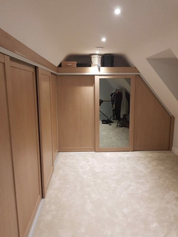 Slidng wardrobe sloping ceiling 3