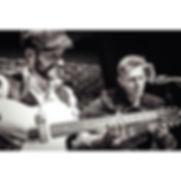 Un groupe duo de jazz manouche rock 50s pour mon cocktail d'entreprise anniversaire reception mariage concert privé à Paris ou en Ile de france ou province