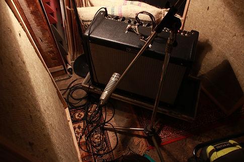 Guitar amp.jpe