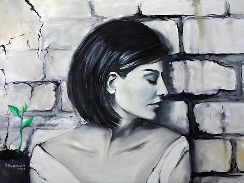 Woman and the wall in grey