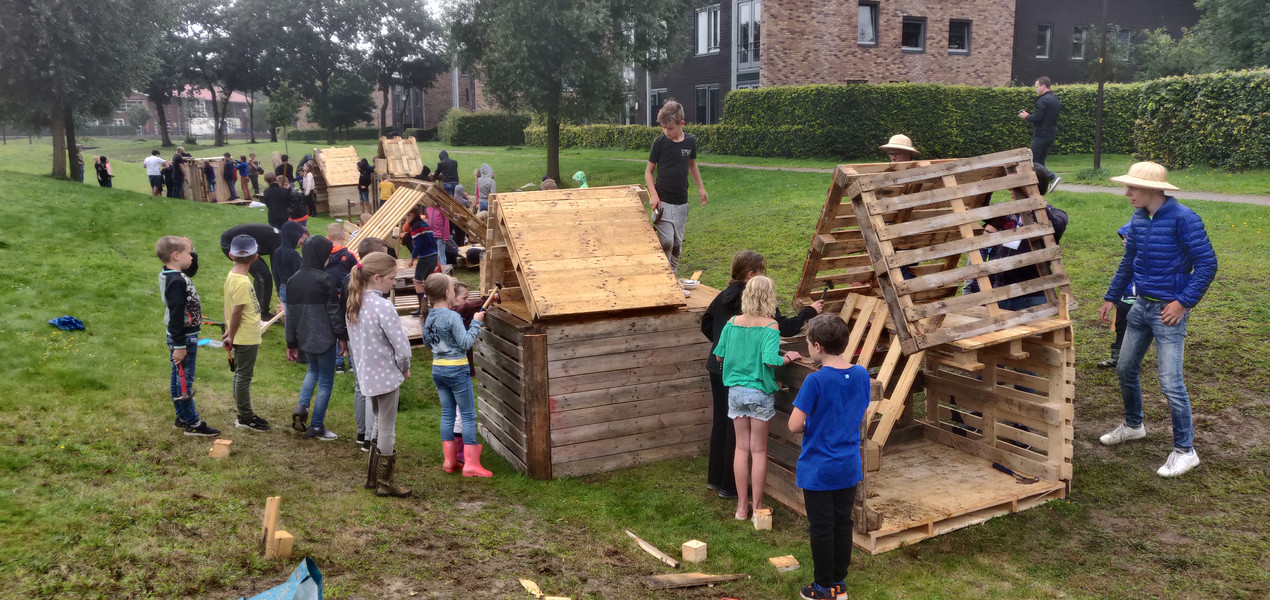 Hutten bouwen!
