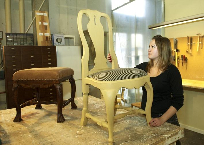 Kajsa med stol