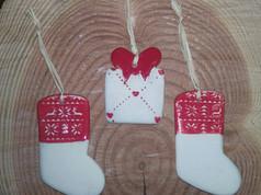 Chaussettes et cadeaux de Noël