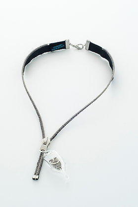Blk/silv. zipper necklace w owl charm (Z17A)