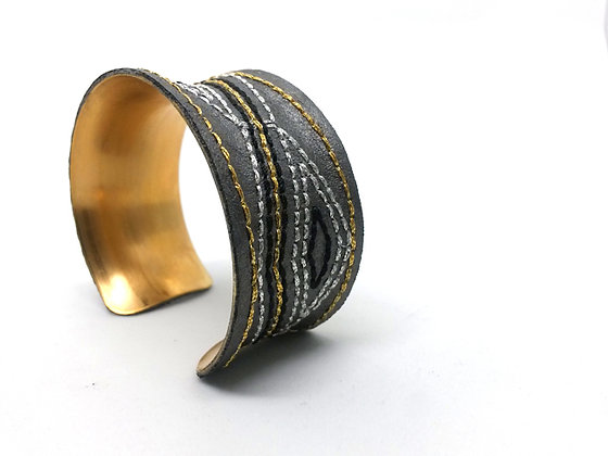 Savanna Cuff (grey, gold, black)
