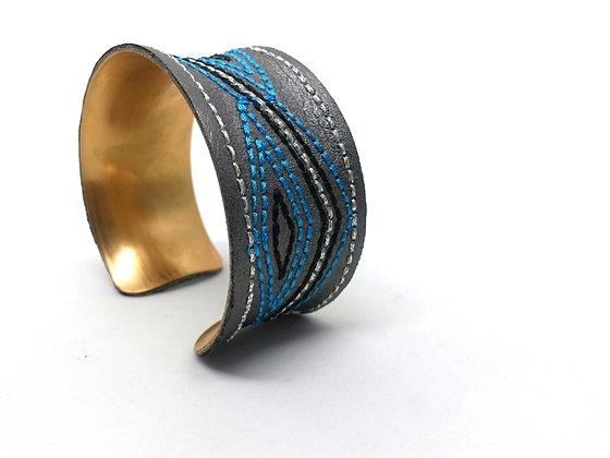 Savanna Cuff (Blue, Grey, Black)