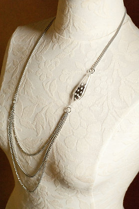 Unchain My Heart Necklace (blk & wht dot feather)