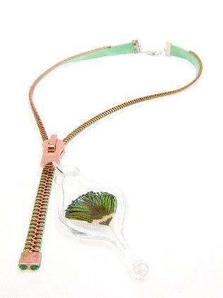 Creamy turq/cop. zipper necklace w feather (Z5)