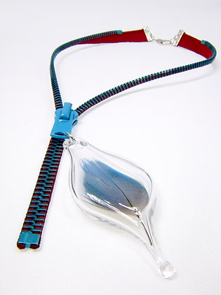 Lg-toothed Zipper Necklace w Blue Feather (Z36)