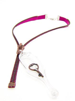 Fuscia/brown zipper necklace w copper key (Z26)