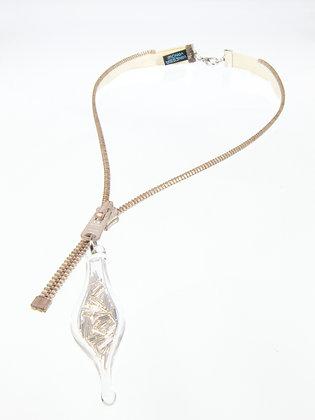 Cream/rose silver zipper necklace w wire (Z1A)