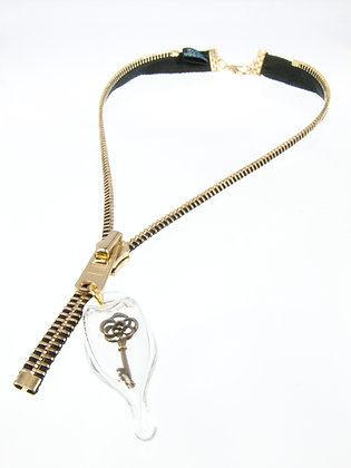 Lg-toothed Zipper Necklace w Mini Floral Key (Z43E