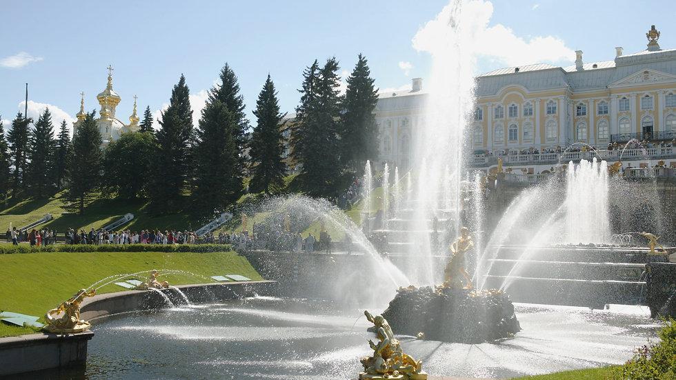 Вариант 2. Приеду сам в Петергоф. Хочу увидеть фонтаны и Монплезир.