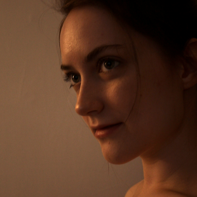 Caitlin Elledge Headshot.png