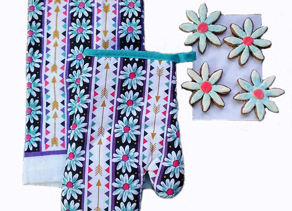 Daisies Kitchen Set with Decorated Treats