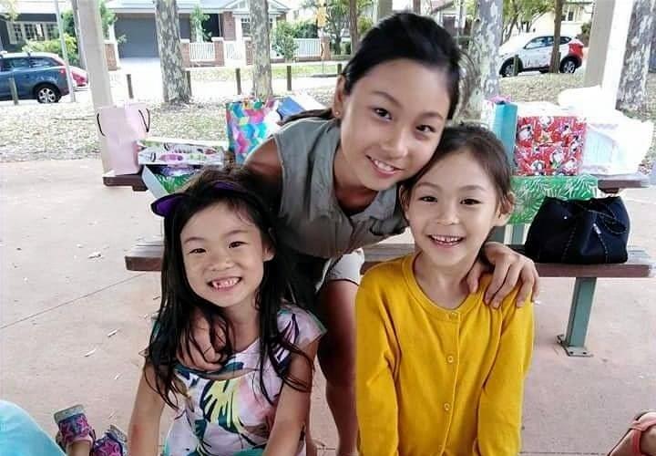 寺澤家の仲良し3姉妹の写真