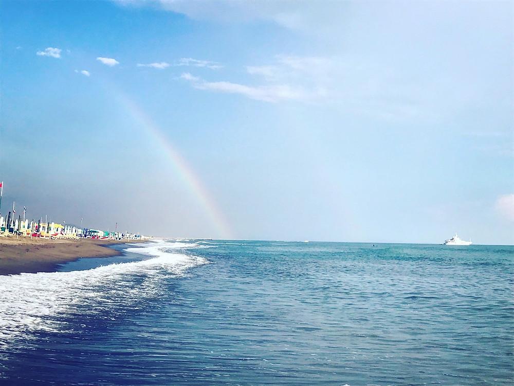 イタリアのビーチの写真