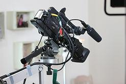 camera-408258_1280.jpg