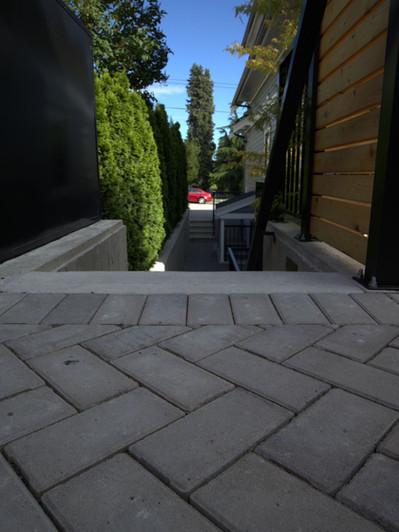 Laneway - permeable pavers