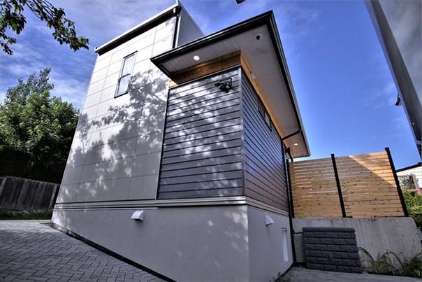 Laneway house pic 2.jpg