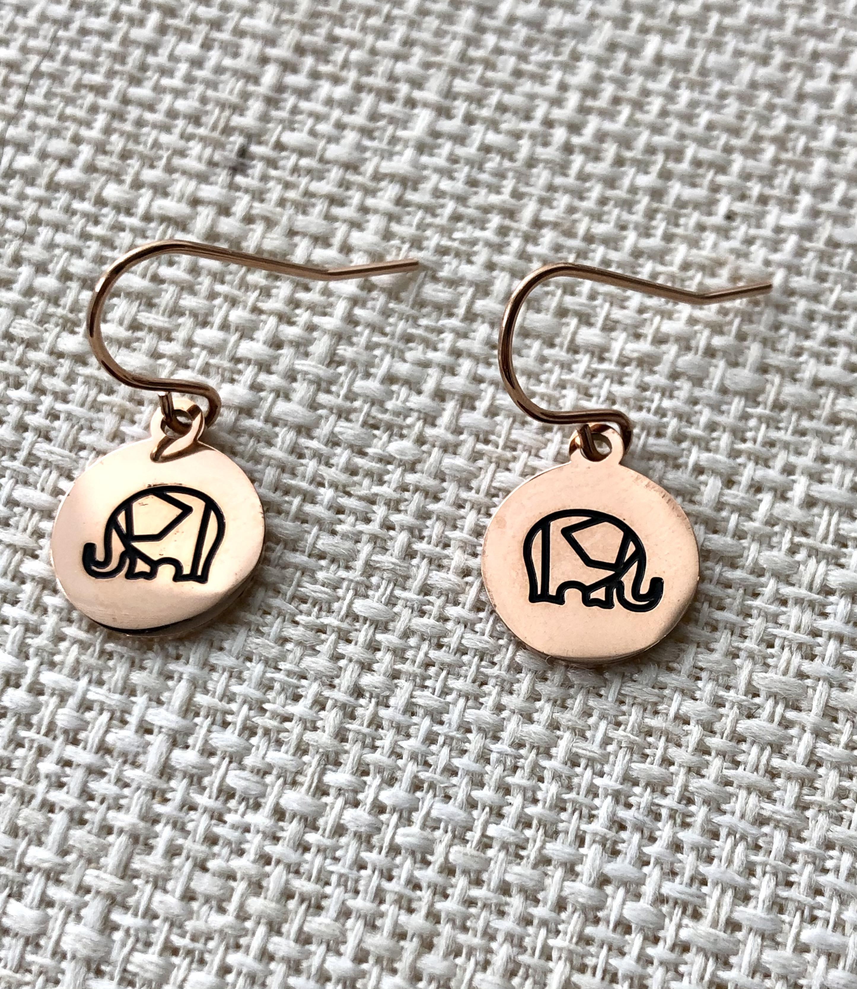 ELEPHANT - 8€