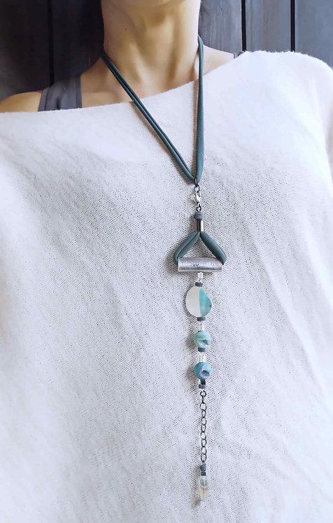 Green statement bracelet, a versatile bracelet wearable as necklace,