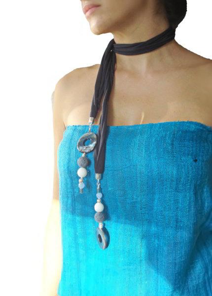 Navy blue necklace, blue Versatile necklace
