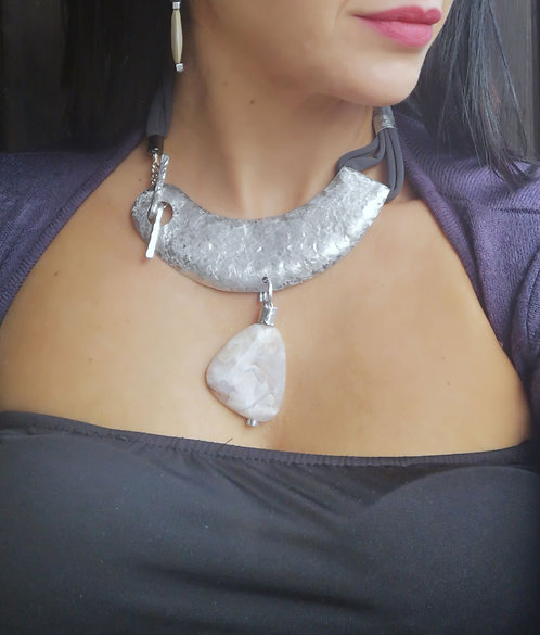 modern agate necklace