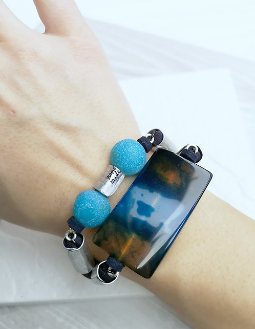 statement agate bracelet