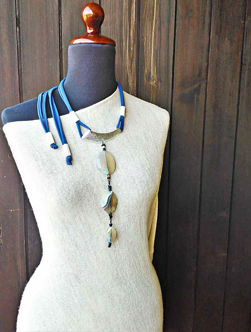 Blue Modulare necklace with Agate stones
