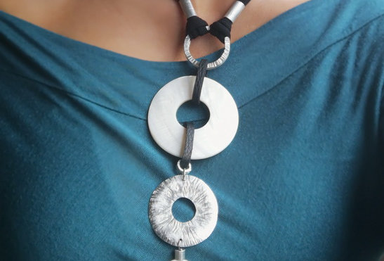 Black and white Statement mother of pearls necklace