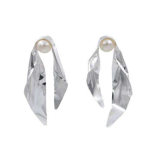 'Silver Silk' FOLD earrings with pearls