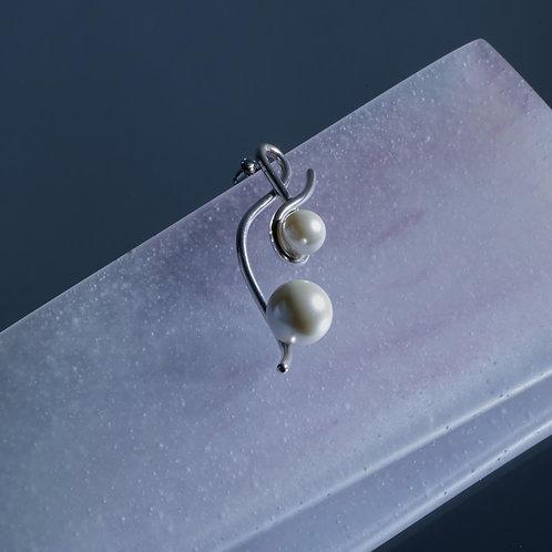 'Heart String' Earring