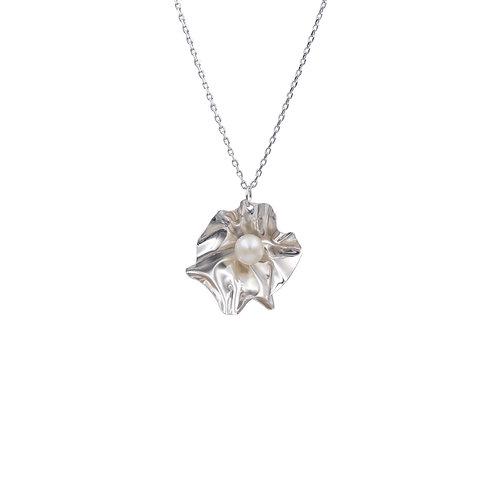 'Coral' pendant necklace
