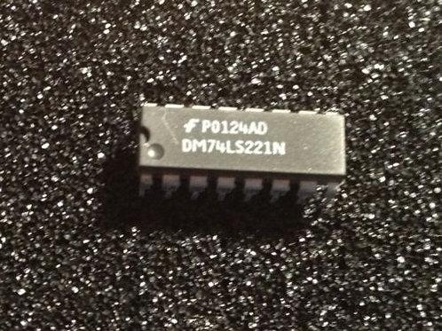 3 PCs DM74LS221N 74LS221 Monostable Multivibrator Dual